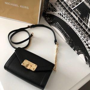 BNWT Michael Kors Women's Kinsley - Small Belt Bag